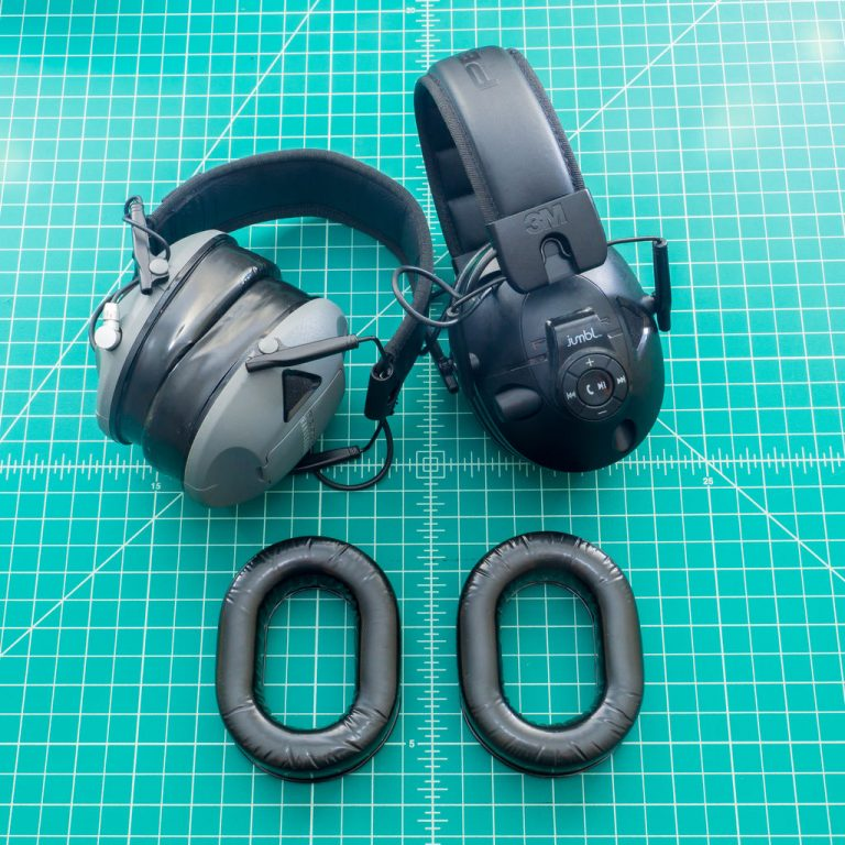 Here we can see the cheap gel pad upgrade already done to both earmuffs.