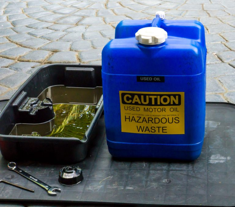 If you have to go recycle your oil after every single oil change, you won't be saving time. Better store a few gallons like this and save a few trips.